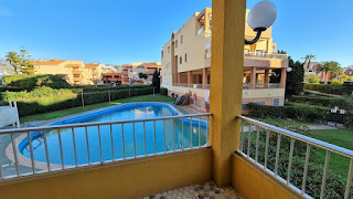 Se vende piso de 3 dormitorios en primera linea de la playa de Salobreña