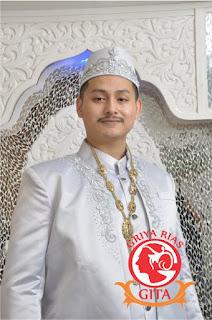 pengantin pria muslim