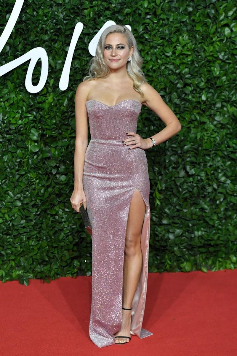Fashion Awards 2019 in London Pixie Lott Clicks 2 Dec -2019