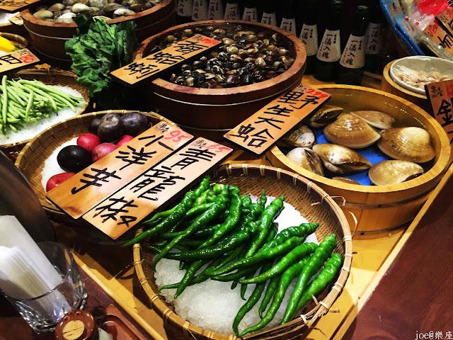 IMG 9615 - 【台中美食】來自日本傳統好滋味的 樂座端爐燒 @日本古早味@新鮮海鮮@新鮮蔬果~