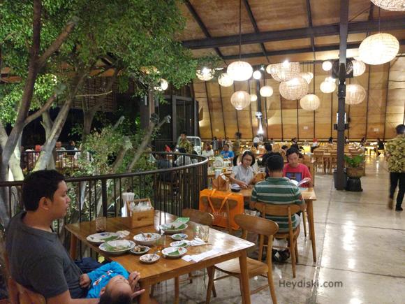 kluwih-resto-lantai-2-bogor