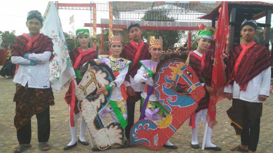 Partisipasi SMK N 1 Karangdadap Di Karnaval Seni Budaya Jawa Tengah