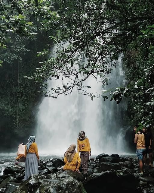 Curug Ciampea Tenjolaya Bogor