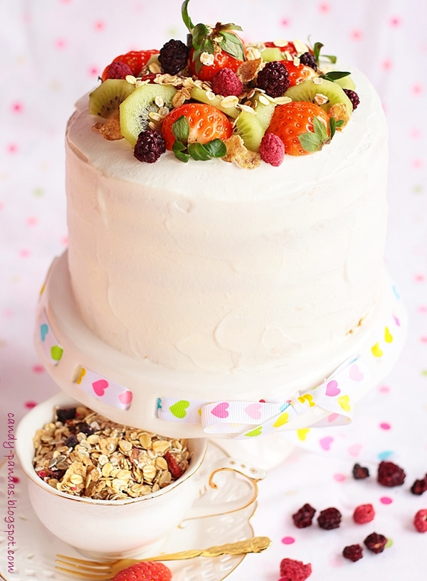 Kokosowy tort musli z owocami (bez glutenu, cukru białego)
