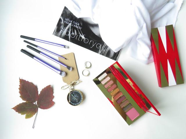 Estee Lauder Glam palette