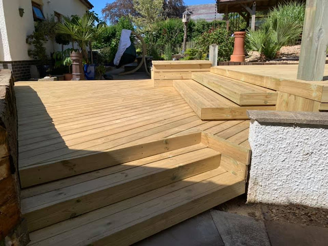 decking steps and staircase