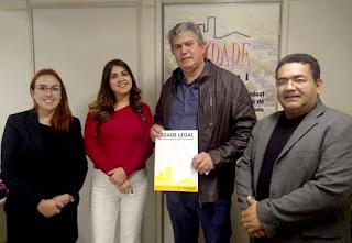 Prefeito se reúne com a Secretaria de Habitação em São Paulo para agilizar regularização fundiária em Cajati