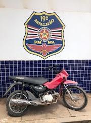Polícia Militar recupera em Trizidela do Vale motocicleta Pop que foi furtada e prende receptador.