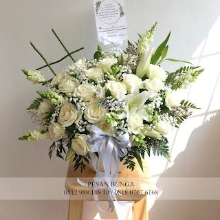 jual bunga meja soft, madame florist, jual bunga meja elegant, jual bunga meja bagus dan cantik,