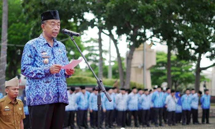 Priyanto Putro Pimpin Upacara Bulanan dan HUT Provinsi Lampung Ke-55.