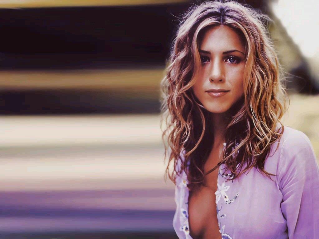 Jennifer Aniston Without Makeupquxxo