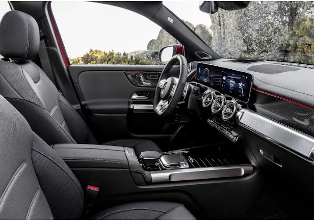 Mercedes AMG GLB 35 2021 Interior Front Cabin View