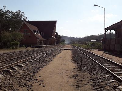 estacion-tren-abandonada-epoca-colonial-fancesa-madagascar