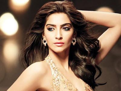 sonam-kapoor-named-ambassador-of-word-to-screen-market
