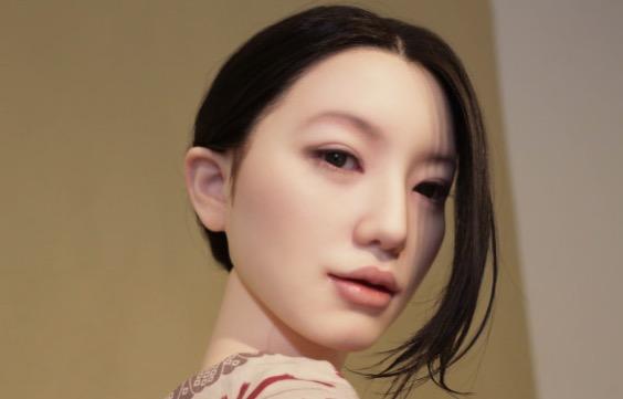 Rupanya Wanita Cantik Ini Adalah Patung Seks Yang Berharga RM39,893