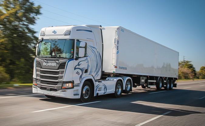 Scania apresenta série especial em comemoração aos 45 anos de presença na Argentina