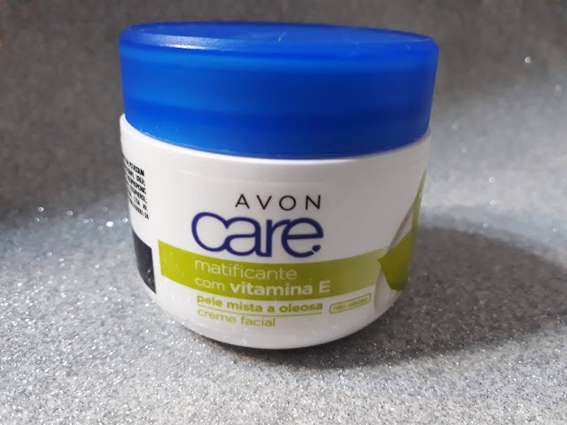 Matificante que hidrata pele oleosa Avon Care