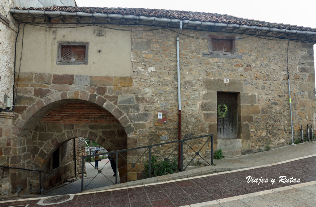 Puerta de San Roque, Aguilar de Campoo