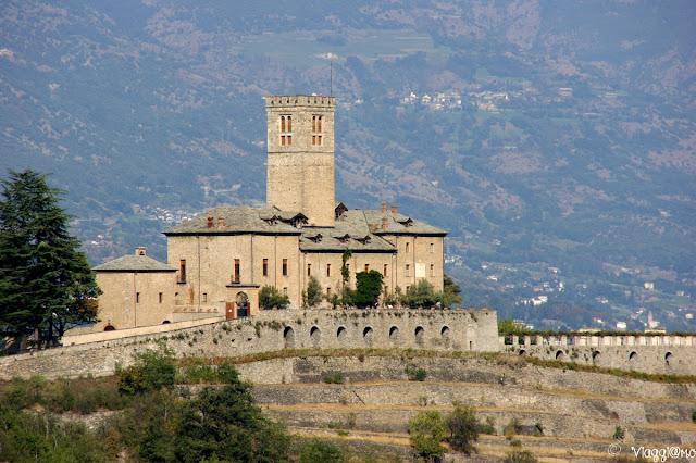 Il bel castello di Sarre e la sua location