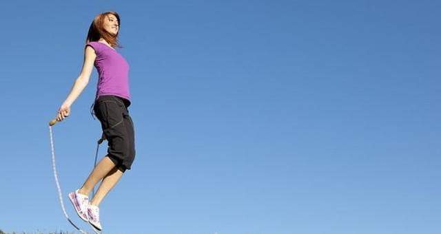 Benarkah Lompat Tali Bisa Meninggikan Badan