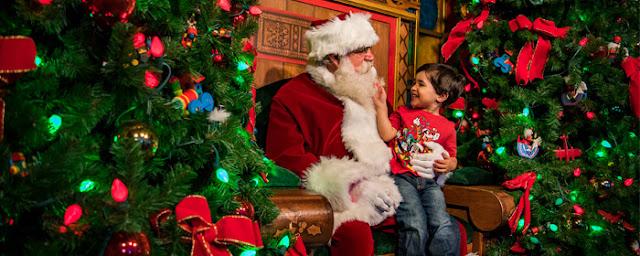 Papai Noel em Disney Springs