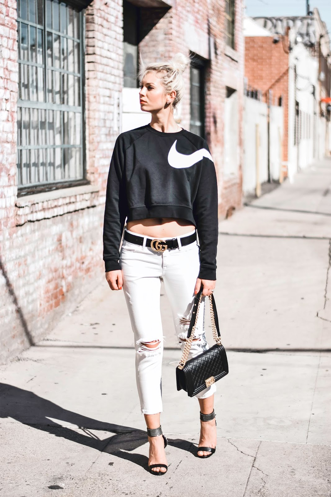how to style a cropped sweater