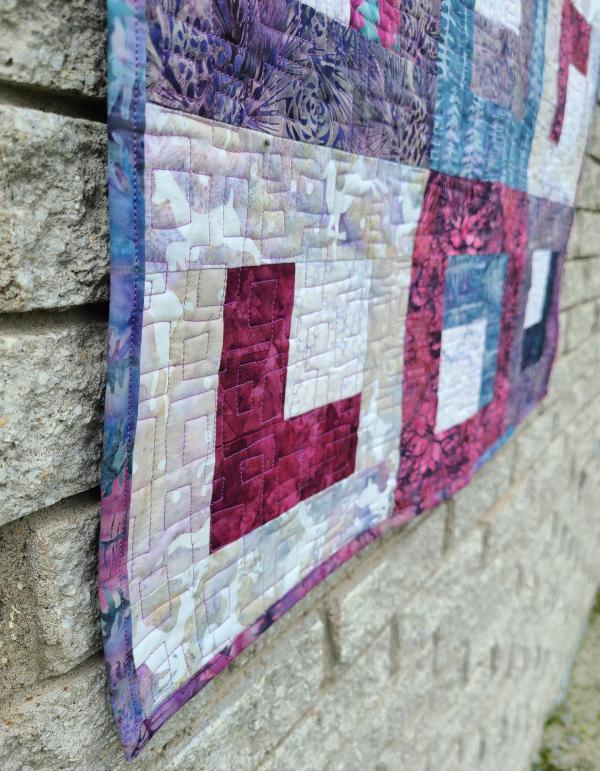 Square Up quilt pattern | DevotedQuilter.com