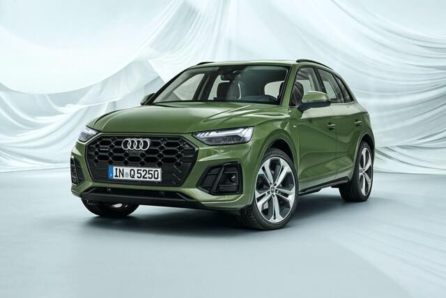 Audi Q5 2021. Màu xanh ngọc. Mới 99%