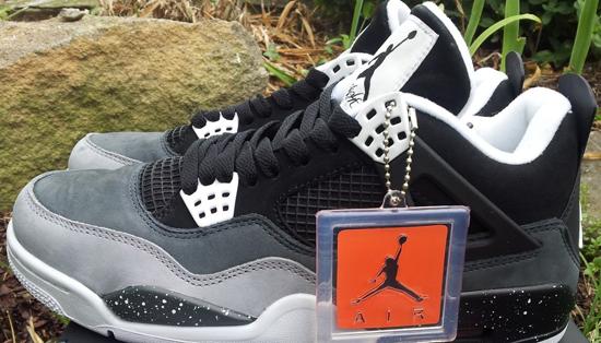 Air Jordan 4 Retro QS