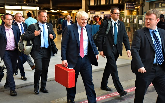 BREXIT DAY: What now, Maestro? As Britain leaves the EU ...