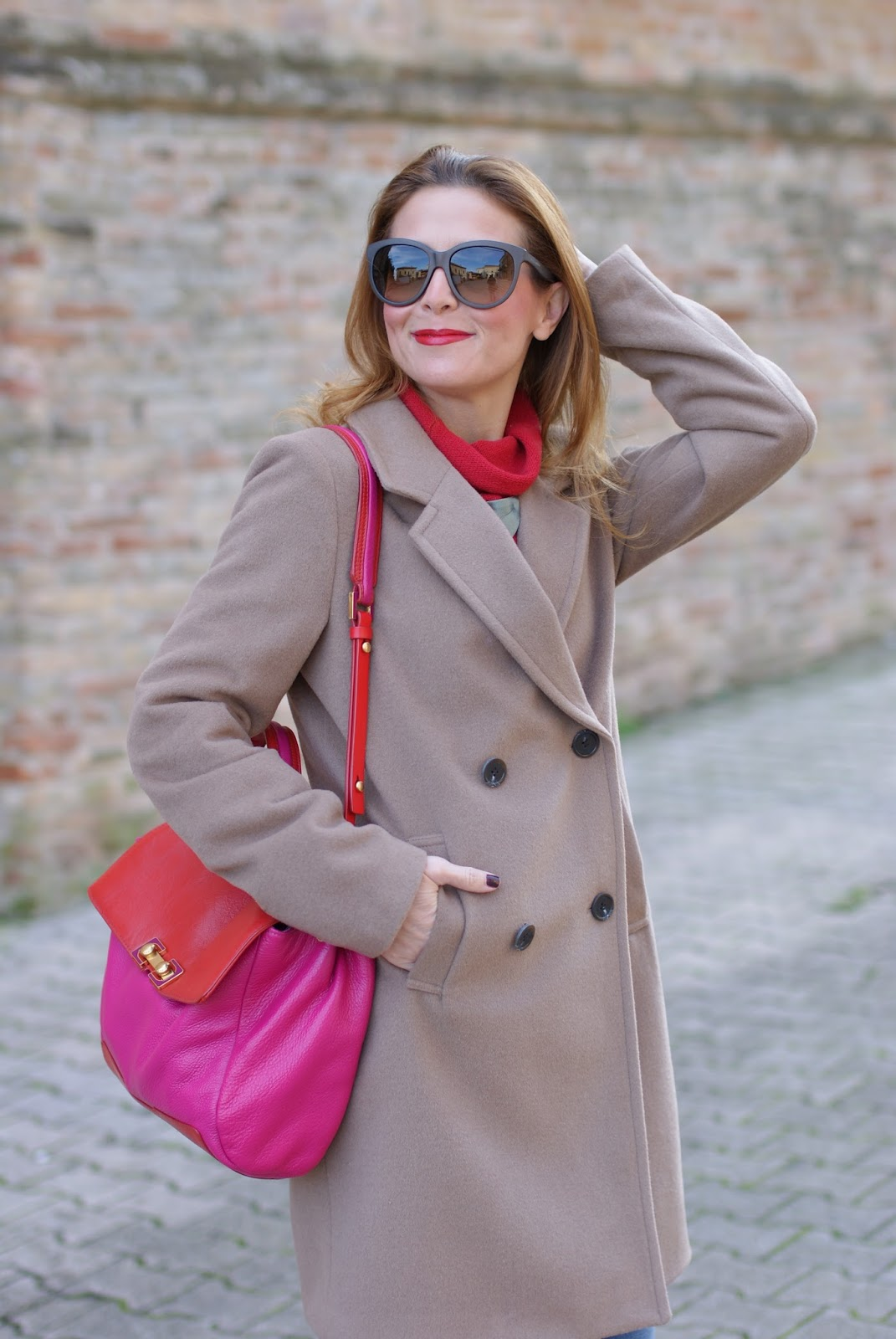 Camel boyfriend coat and red lips on Fashion and Cookies fashion blog, fashion blogger style
