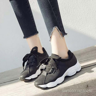 Sports Shoes Female Ins Super Popular Year The Daddy Shoe Casual Version Run