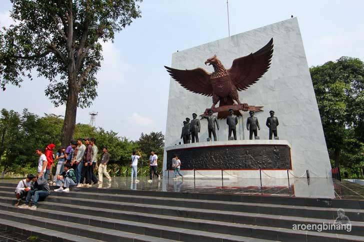 monumen pancasila sakti jakarta