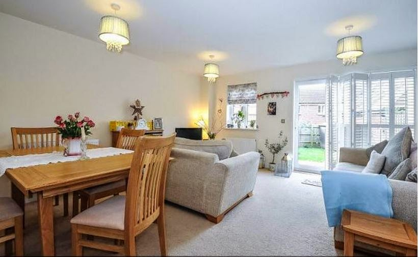 fishbourne chichester buy-to-let property lounge