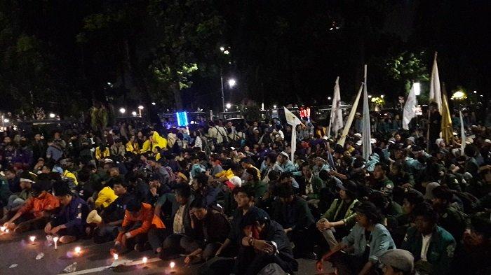 Mahasiswa Akan Rencanakan Demo Kembali Minggu Depan