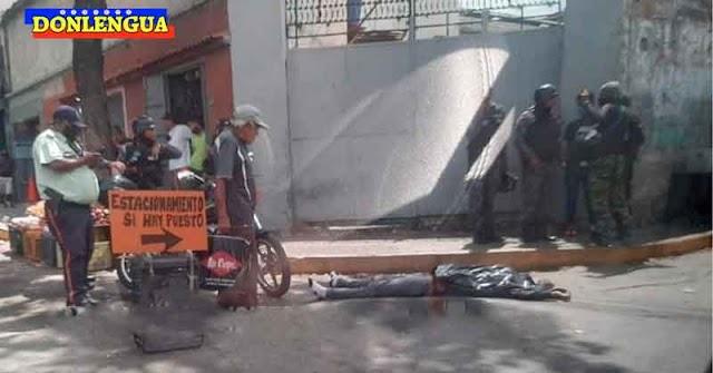 Abandonaron un cuerpo baleado en la Avenida Principal de El Cementerio