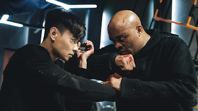 Jin ZhangJin Zhang...Kowloon Anderson SilvaAnderson Silva...Alexander Sinclair Kevin ChengKevin Cheng Annie LiuAnnie Liu Stephy TangStephy Tang JuJu ChanJuJu Chan...Lady Sinclair Endy ChowEndy Chow Suet LamSuet Lam Richard NgRichard Ng Rest of cast listed alphabetically: Chung-chi CheungChung-chi Cheung Tsun-Hung LiuTsun-Hung Liu Sheldon LoSheldon Lo
