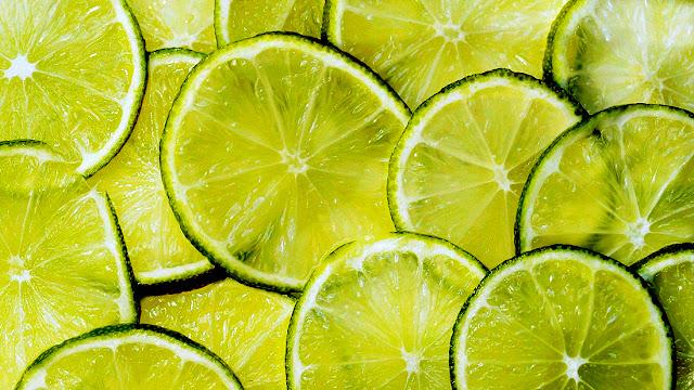 água com limão do jeito certo
