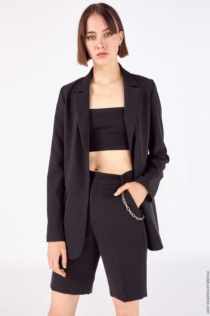 Moda mujer primavera verano 2020 blazers y bermudas juveniles.