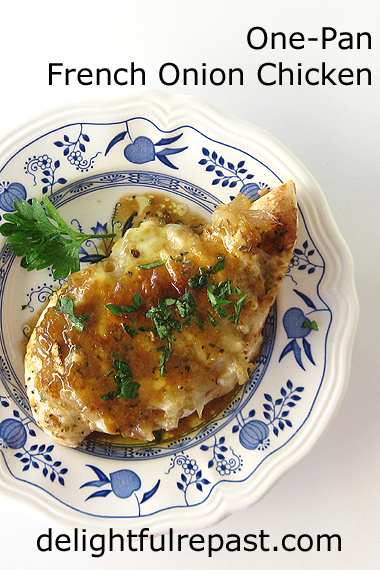 One-Pan French Onion Chicken / www.delightfulrepast.com
