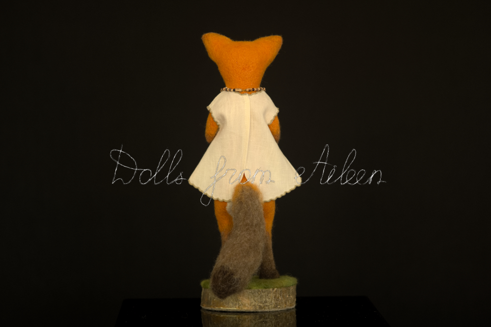 ooak needle felted fox sculpture, full size back view