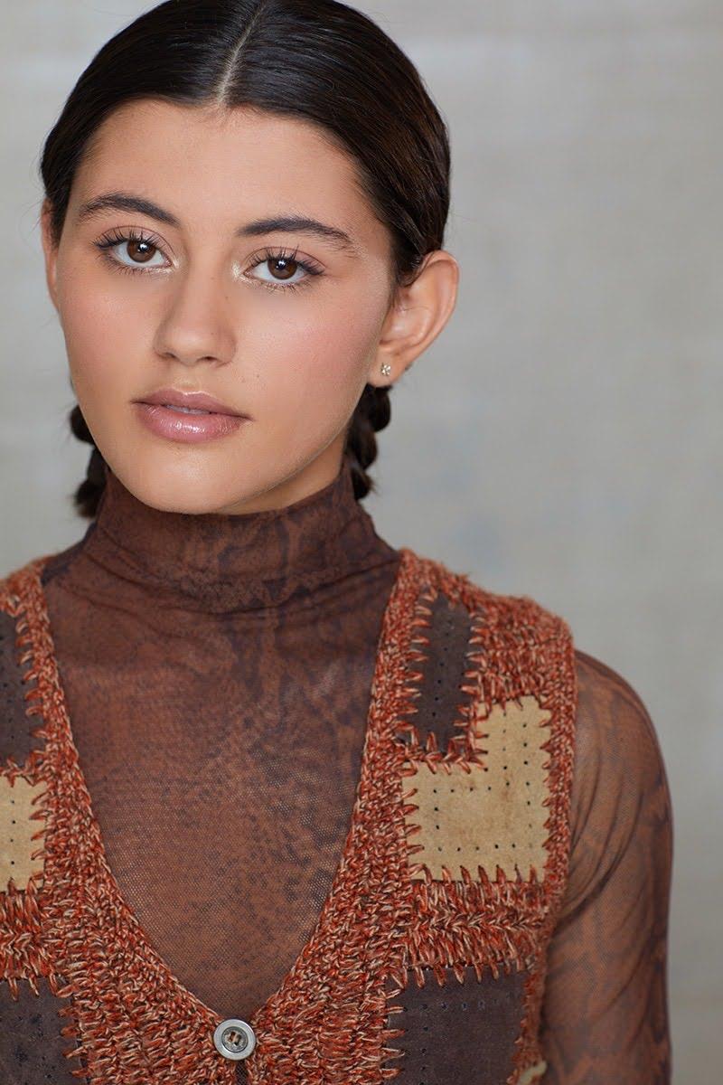 Emma Milani 8