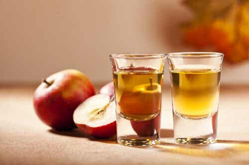 Lợi ích tuyệt vời của Giấm táo với sức khỏe