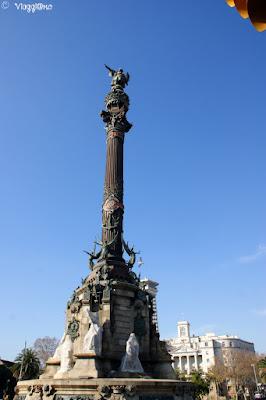 Statua eretta in onore di Cristoforo Colombo al Port Vell