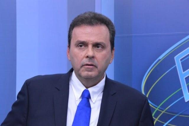 CARLOS EDUARDO DEU CANGAPÉ NOS VEREADORES DO PDT