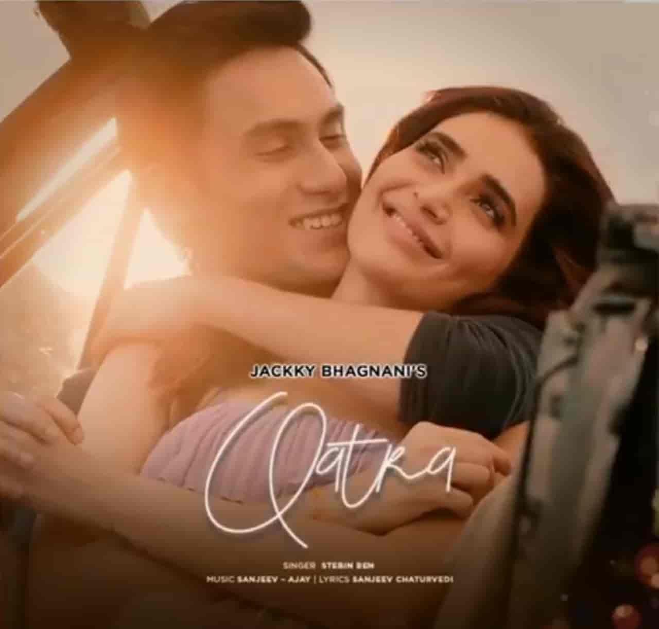 Qatra Hindi Song Image Features Karishma Tanna And Ritwik Bhaumik