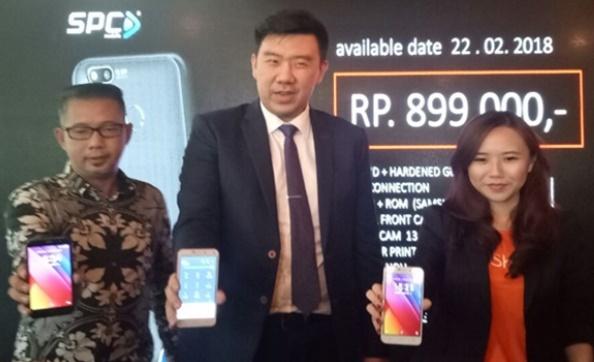Launching Smartphone SPC L53 Selfie