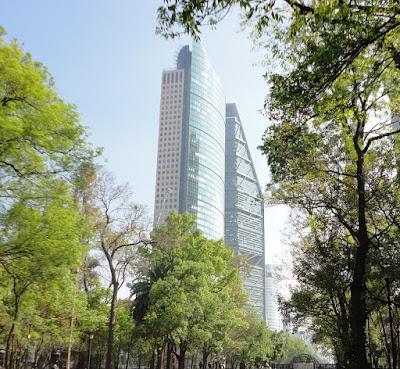 Foto de edifício. Investimento em fundos imobiliários