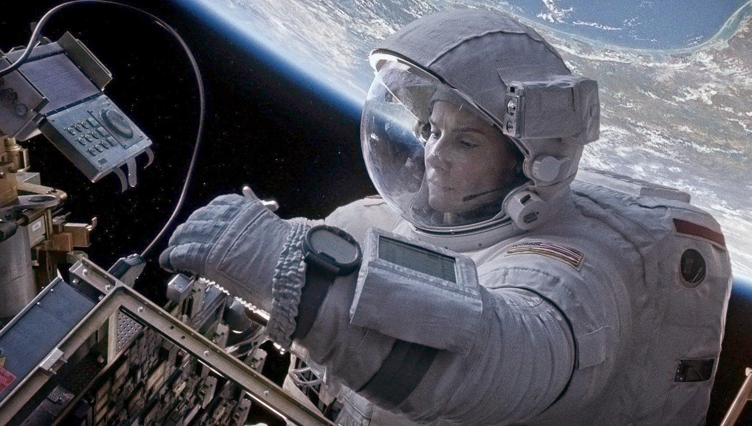 astronaut trapped in space movie - photo #40