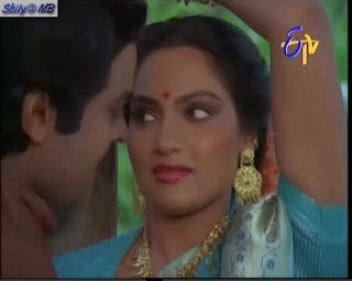 HD Madhavi Hot Rain Song With Chiru Hot Boobs And Blouse Wet In Rain